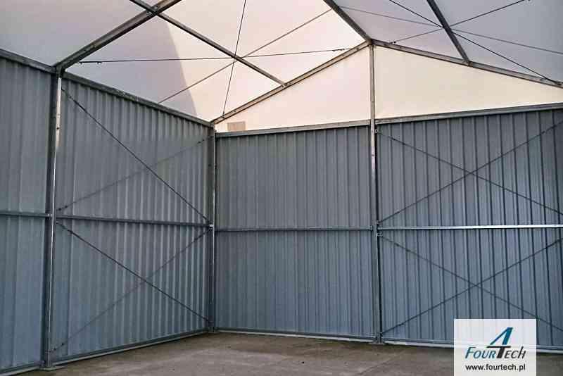 Hale namiotowa wewnątrz