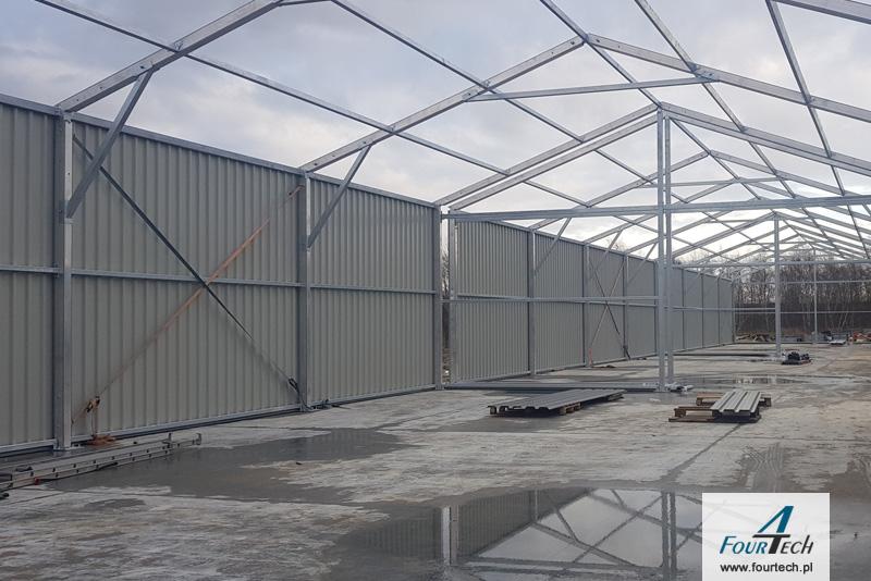 Realizacja stalowego budynku