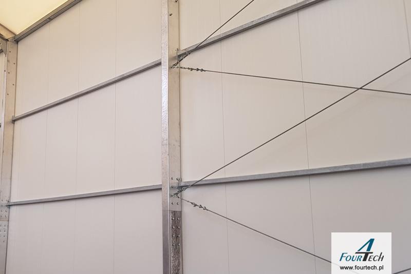 konstrukcja stalowa w hali namiotowej
